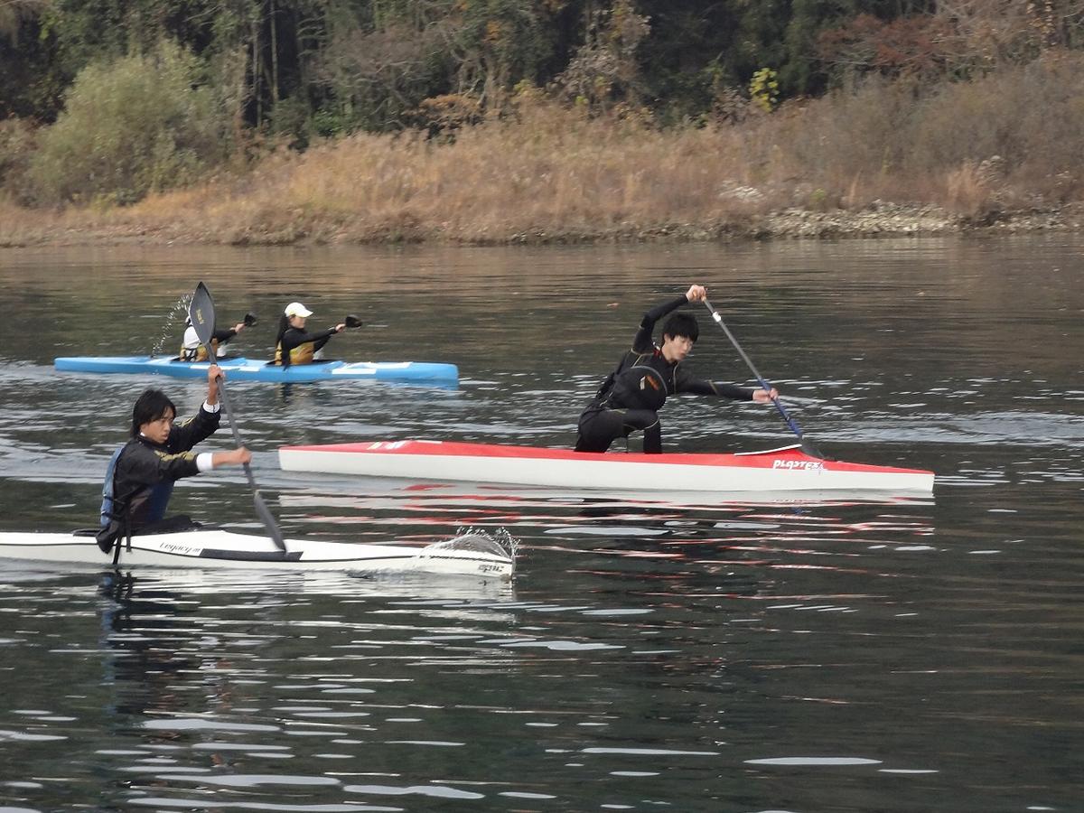 冬場の水上練習1 フォームを意識しています。