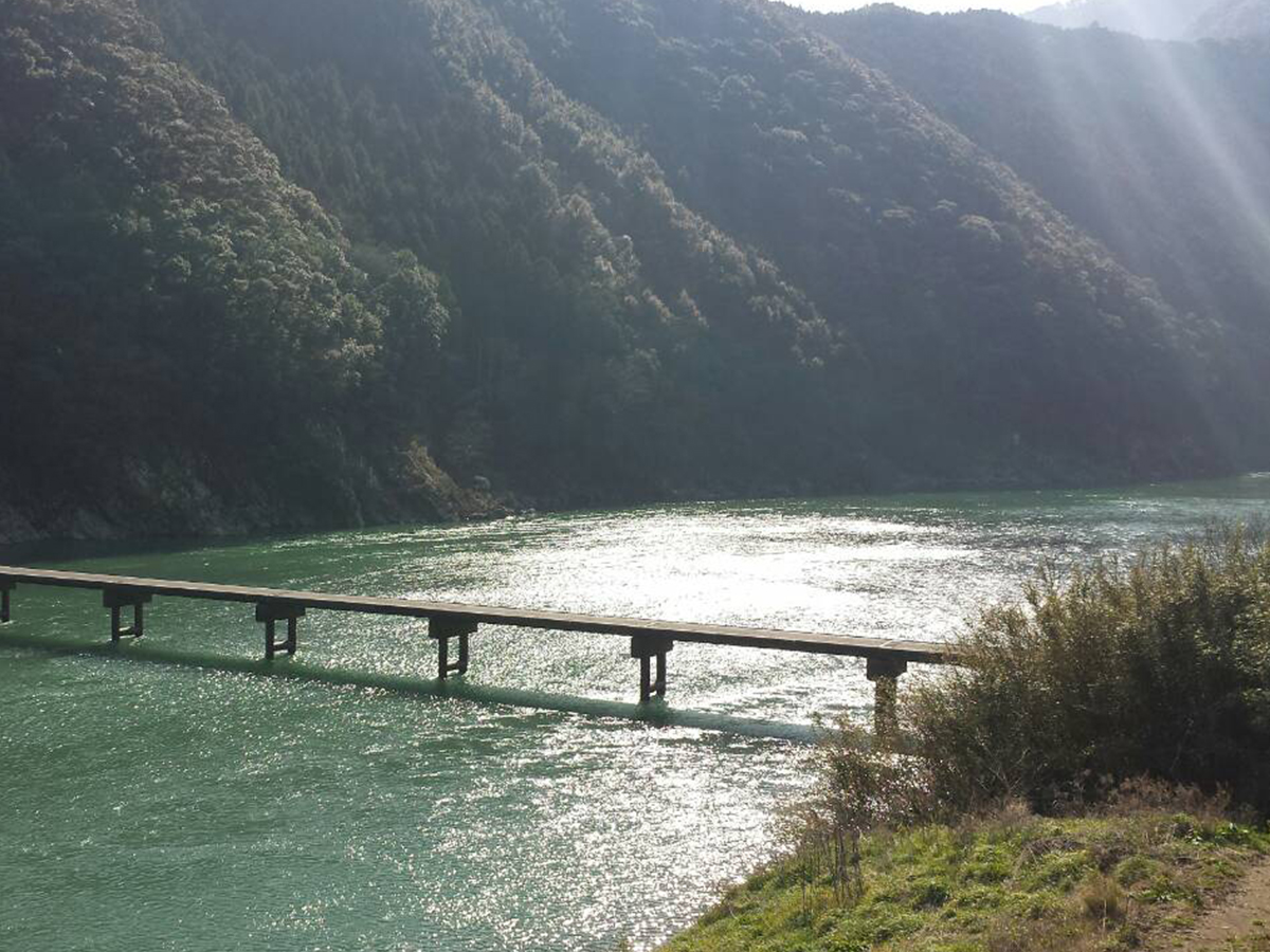 岩間の沈下橋