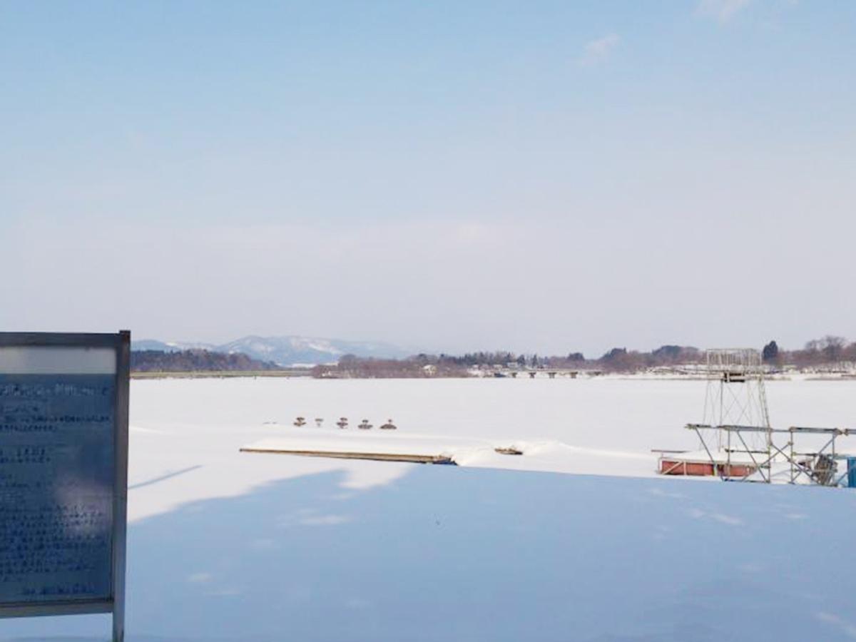 雪の御所湖