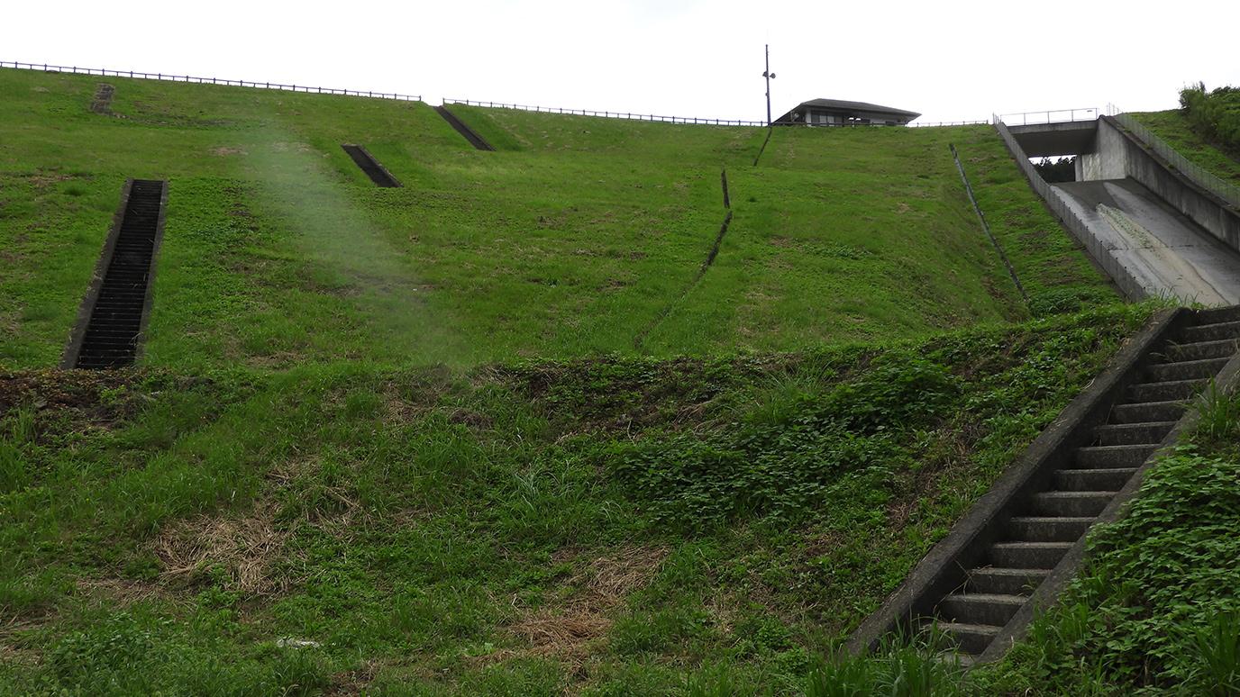168段の通称イロハ階段